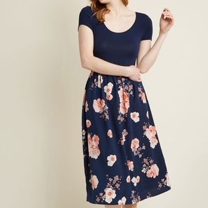 New Modcloth Patio Gathering Floral Dress S